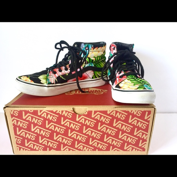 d36911533 Rare Vans SK8 High top Hawaiian 🌺 flowers black